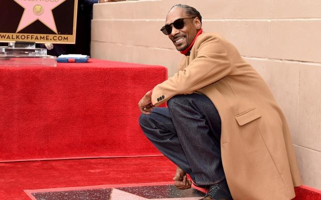 Snoop Dogg recibe su estrella en el Paseo de la Fama