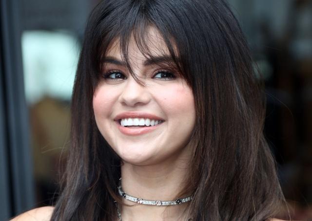 Selena Gomez busca concienciar a los jóvenes sobre la fragilidad emocional