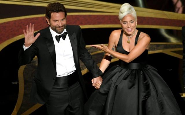 La historia del collar de Lady Gaga en los Óscar