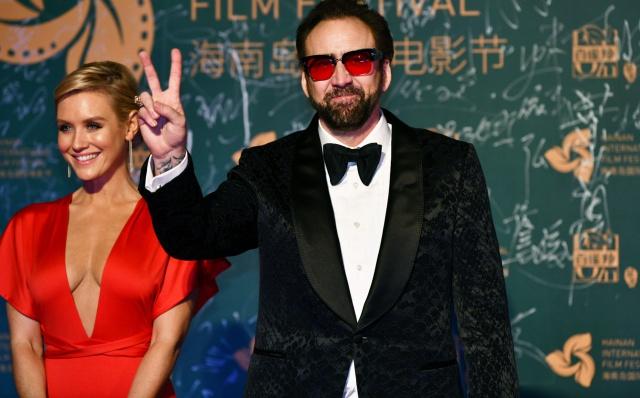 Nicolas Cage solicita una licencia matrimonial