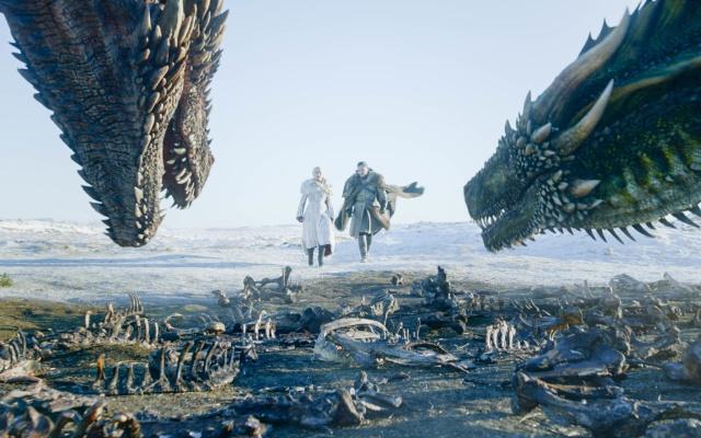 """Inicio de temporada de """"Game of Thrones"""" atrae a 17 millones"""