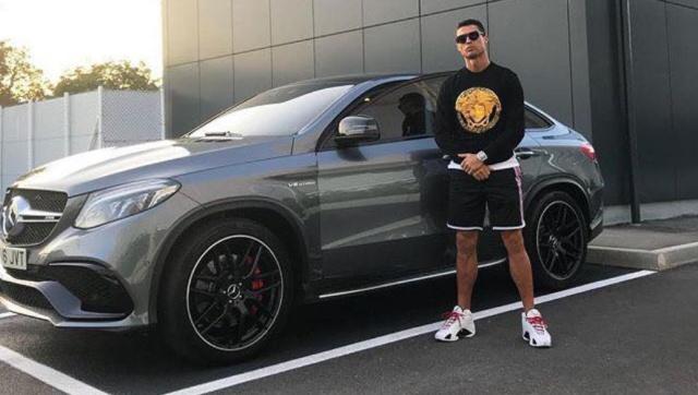 ¡Cristiano Ronaldo se habría comprado el carro más del mundo!