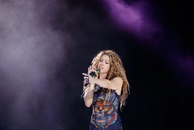 8b8bf14fcf90 Shakira debuta como diseñadora y causa furor con los resultados ...