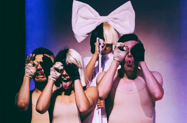 Sia versiona 'Blackbird' de The Beatles para una serie de Netflix