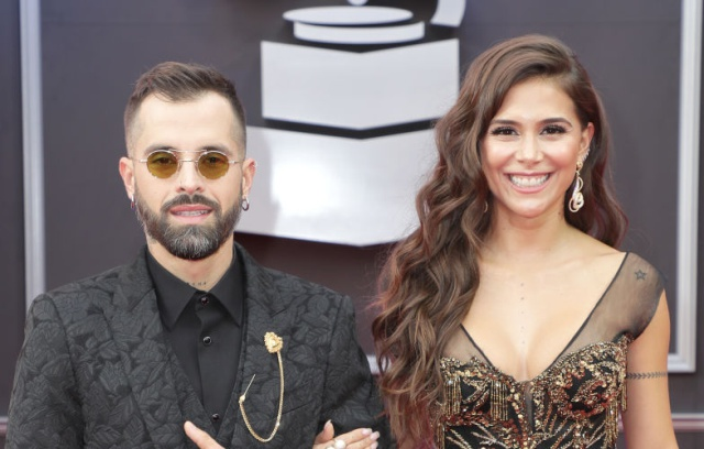 Greeicy publica video de Mike Bahía sin nada de ropa